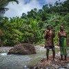 在印度尼西亚,许多人依靠森林的生物多样性谋生。