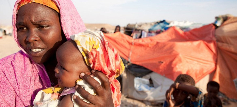 Las sequías cada vez más agudas en Somalia han provocado el desplazamiento de la población, lo que ha socavado la seguridad alimentaria y ha dejado a las mujeres expuestas a la explotación sexual.