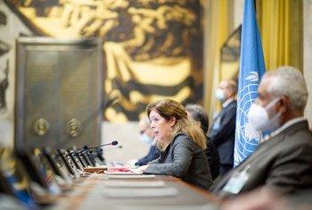ممثلة الأمين العام في ليبيا بالإنابة، ستيفاني وليامز خلال محادثات التوصل إلى وقف كامل لإطلاق النار