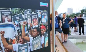 """A exposição """" Se Essa Rua Fosse Nossa – Nossa voz, nossos direitos, nosso futuro"""" no Museu do Amanhã, no Rio de Janeiro."""