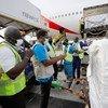 В аэропорту Аккры проходит разгрузка первой партии вакцины от COVID-19, полученной в рамках инициативы COVAX