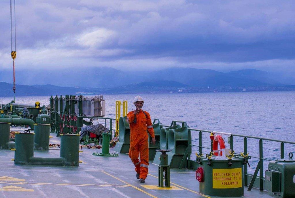 海员们工作在新冠大流行的第一线,他们在维持食品和医疗用品等重要物资的流动方面发挥着至关重要的作用。