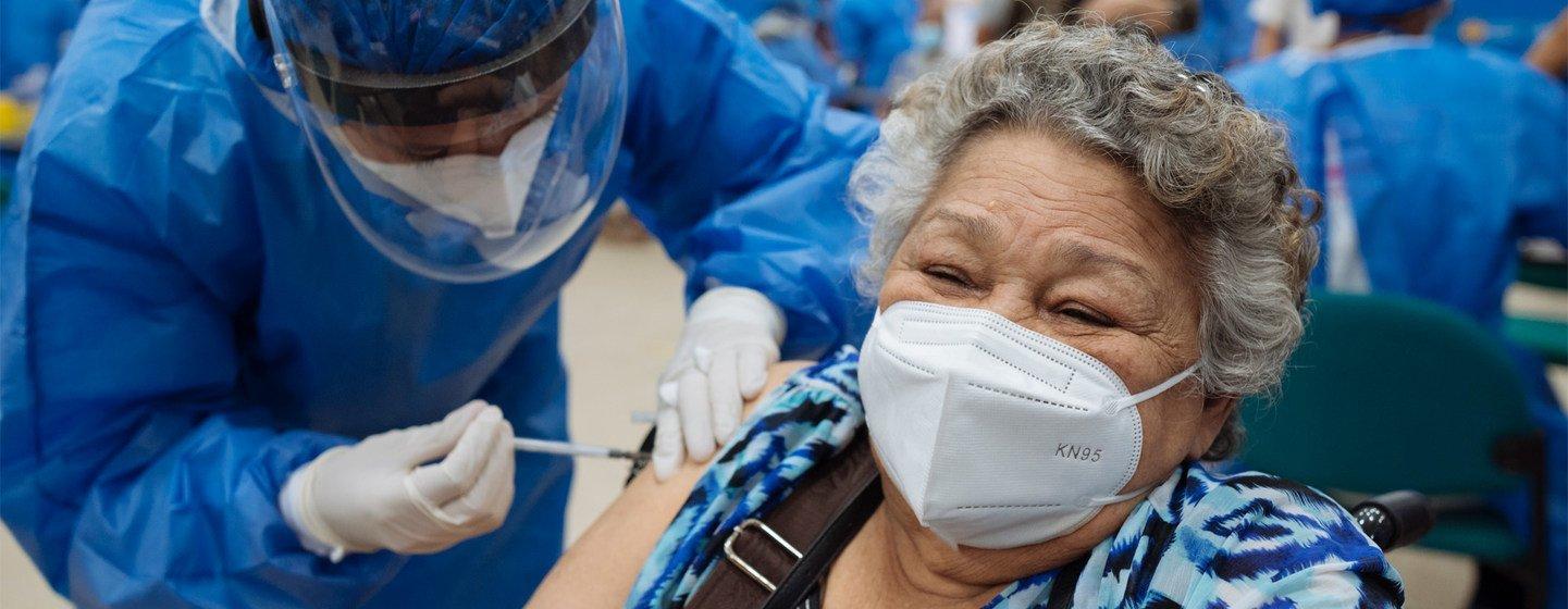 Série de prioridades da ONU prioriza acesso às vacinas, testes, tratamentos esuporte àCovid-19