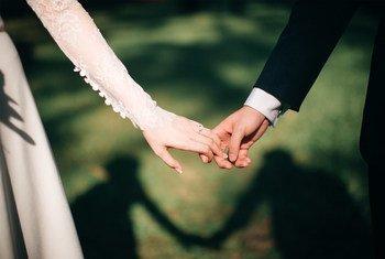 Одним словом – подготовка к бракосочетанию может быть очень непростой задачей. И пандемия сделала ее еще труднее.