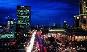 Poland's capital, Warsaw, at night. (file photo)