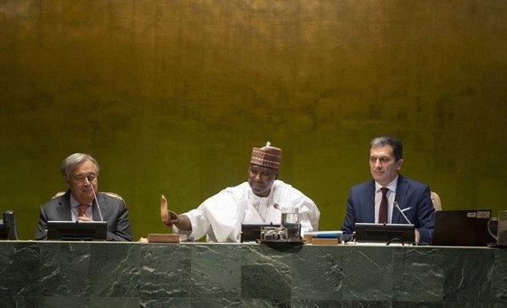 Abertura da Assembleia Geral