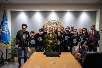 أرشيف: لؤي رضوان (أقصى اليسار) شاب مصري ناشط في مجال البيئة، اختارته الأمم المتحدة ضمن القادة الشباب من أجل أهداف التنمية المستدامة لعام 2020 ويمثل القادة الشباب من أجل أهداف التنمية المستدامة لعام 2020 أصواتا متنوعة للشباب من مختلف مناطق العالم، وهم مسؤولون، بشكل جماعي، عن حشد ملايين الشباب لدعم أهداف التنمية المستدامة.