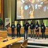 أرشيف: لؤي رضوان (في المقدمة) شاب مصري ناشط في مجال البيئة، اختارته الأمم المتحدة ضمن القادة الشباب من أجل أهداف التنمية المستدامة لعام 2020 ويمثل القادة الشباب من أجل أهداف التنمية المستدامة لعام 2020 أصواتا متنوعة للشباب من مختلف مناطق العالم، وهم مسؤولون، بشكل جماعي، عن حشد ملايين الشباب لدعم أهداف التنمية المستدامة.