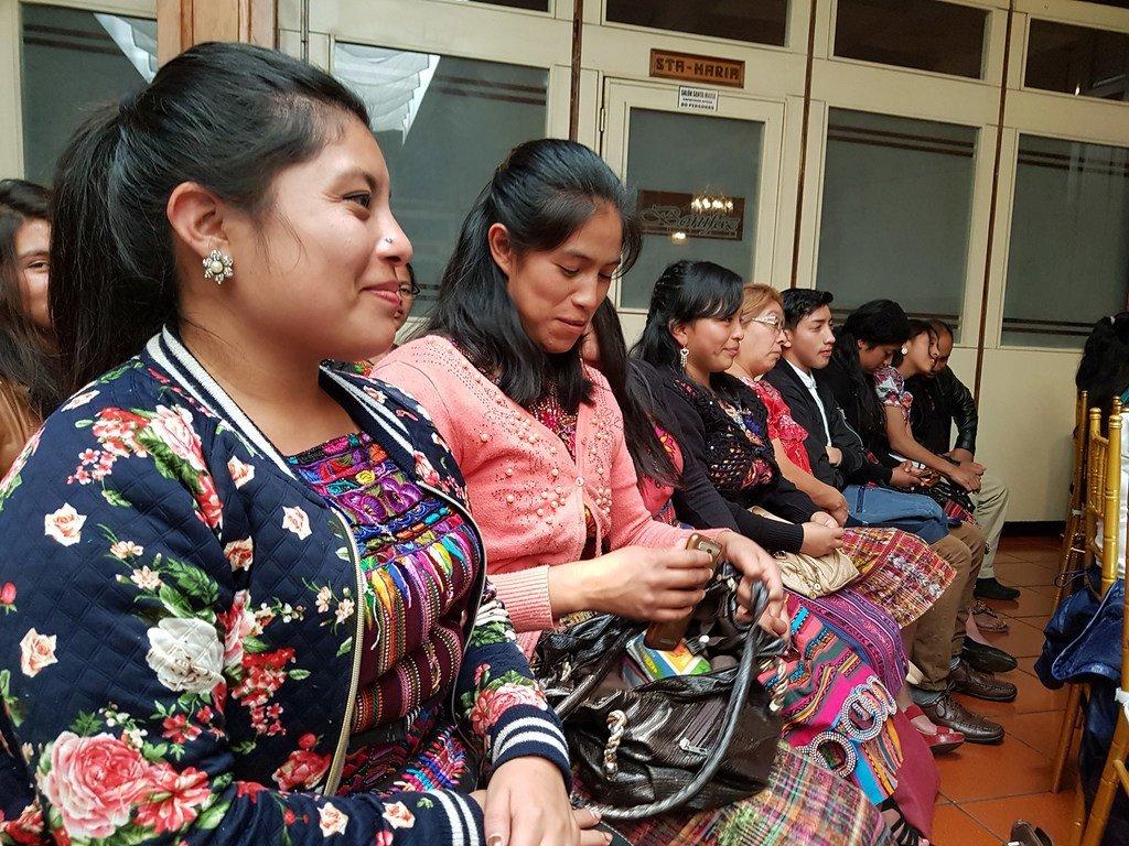 Participantes en las reuniones preparatorias del Festival Latinoamericano de Lenguas Indígenas en Internet
