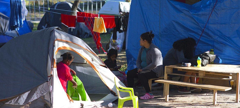美墨边境马塔莫罗斯营地内寻求庇护的儿童。