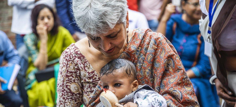 联合国儿童基金会驻印度代表哈克访问北方邦沙拉瓦斯蒂区