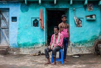 قللت جائحة كوفيد-19 بشكل كبير من القدرة على كسب العيش لعائلة سينغ من ماديا براديش بالهند.