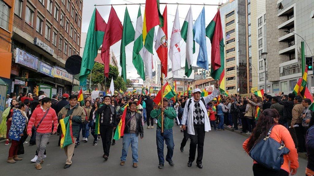 Des manifestants dans les rues de La Paz, la capitale de la Bolivie.