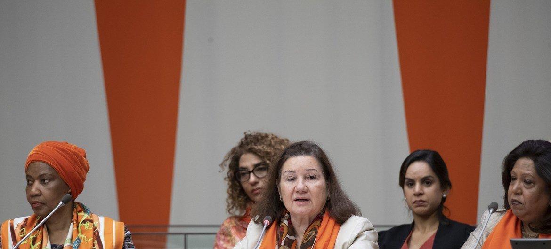 Окрасим мир в оранжевый цвет - значит будем бороться с насилием против женщин.