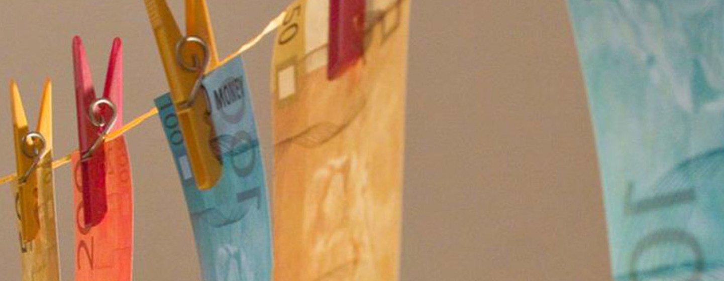 Africanos perdemUS$ 88,6 bilhões em fluxos financeiros ilícitos. O valor equivale a 3,7% do Produto Interno Bruto