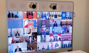 联合国秘书长古特雷斯与众多其他领导人共同参加了二十国集团远程视频峰会。