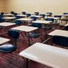В связи с пандемией коронавируса многие страны мира приняли решение закрыть все учебные заведения. Возможности ходить в школу лишились полтора миллиарда детей.