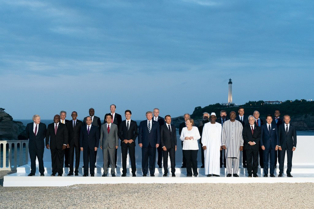 七国集团与合作伙伴在法国比亚里茨宫酒店举行首脑峰会。(2019年8月25日)