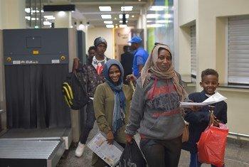 وصول اللاجئين إلى روندا