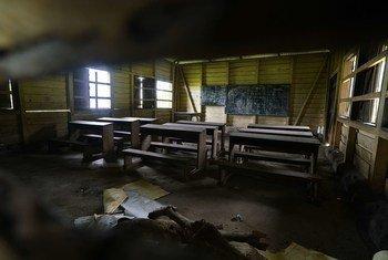 Une classe abandonnée dans une école primaire du sud-ouest du Cameroun. L'école francophone financée par le gouvernement a fermé ses portes après avoir reçu des menaces directes de groupes armés.