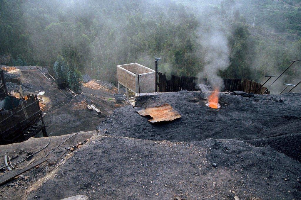 哥伦比亚萨马卡市外的煤矿。