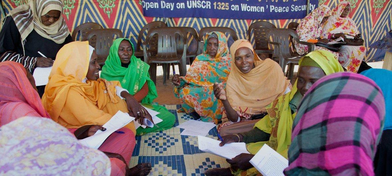 Un taller de trabajo sobre mujeres, paz y seguridad de la Misión de las Naciones Unidas en Darfur.