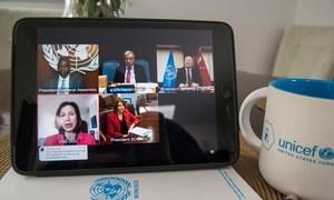 Los funcionarios de mayor rango de las Naciones Unidas informan a los Estados Miembros sobre la pandemia de COVID-19.mediante videoconferencia