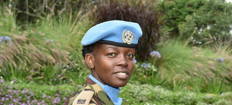 联合国2021年度军事性别倡导者奖得主肯尼亚维和军人斯特普林·尼亚博加少校。