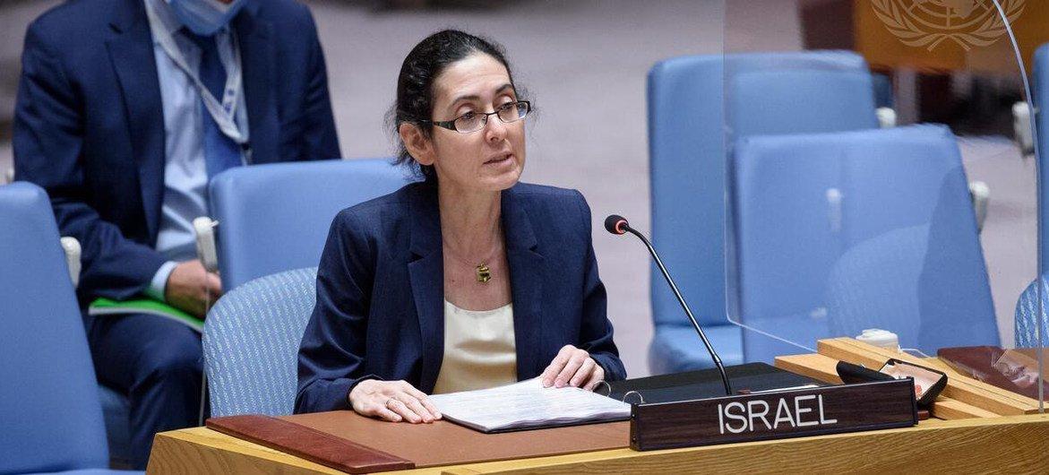 نوا فورمان، نائبة الممثل الدائم لإسرائيل لدى الأمم المتحدة، تخاطب مجلس الأمن في جلسته حول الحالة في الشرق الأوسط ، بما في ذلك قضية فلسطين.