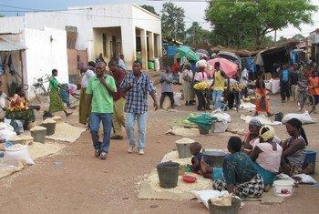 سوق لونزو في جنوب ملاوي.