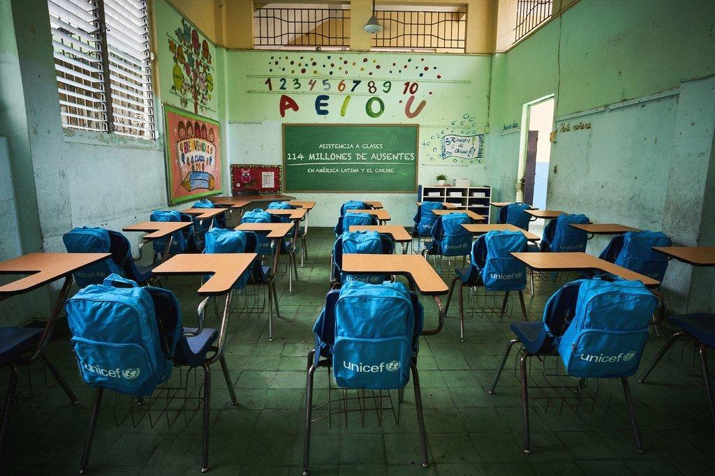 Plus de 600 millions d'enfants dans le monde sont toujours touchés par les fermetures d'écoles.