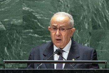وزير الشؤون الخارجية في الجزائر، رمطان لعمامرة، خلال تقديم كلمة بلاده في المداولات العامة للدورة السادسة والسبعين للجمعية العامة.