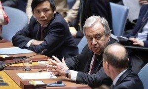 Генсек ООН Антониу Гутерриш принял участие в чрезвычайном заседании Совбеза по Сирии.
