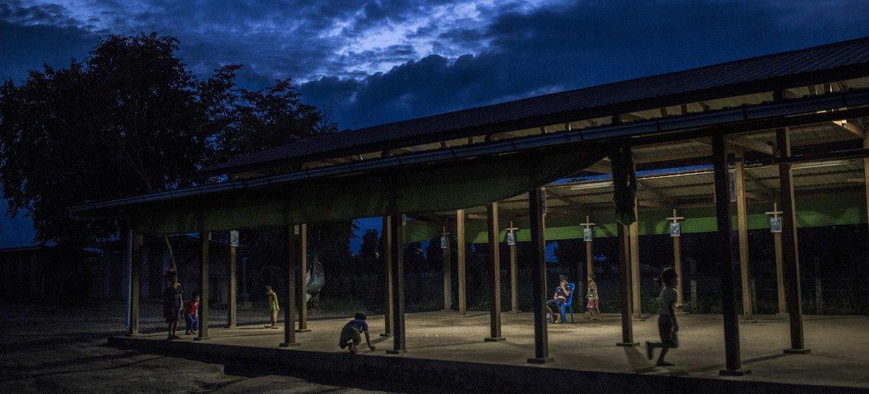 من الأرشيف: مخيم للنازحين في شمال ميانمار.