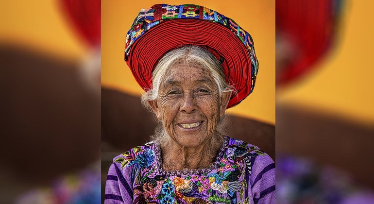 Mulher Tz'utujil, Lago Atitlán, Terras Altas da Guatemala, Guatemala