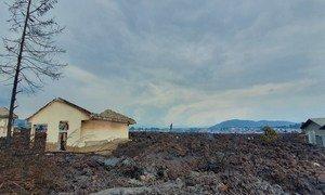 Shule zilizoharibiwa katika jimbo la Kivu Kaskazini nchini DRC baada ya mlipuko wa volkano ya mlima Nyiragongo tarehe 22 mwezi Mei mwaka 2021. Shule ziko katika vijiji vya Buhene na Mujoga, takribani kilometa 7 kutoka mlima Nyiragongo.