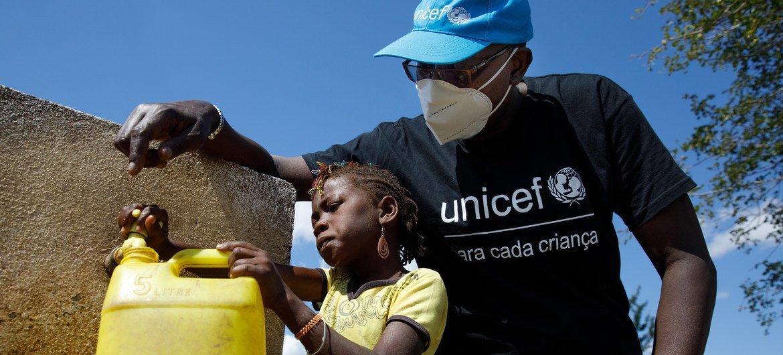 No Norte de Moçambique mais de 732 mil pessoas estão deslocadas devido ao conflito no Norte do país, das quais 46% são crianças