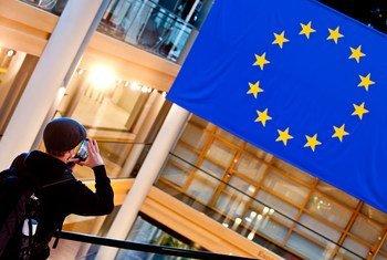 В Европарламенте приняли резолюцию в поддержку национальных и языковых меньшинств.