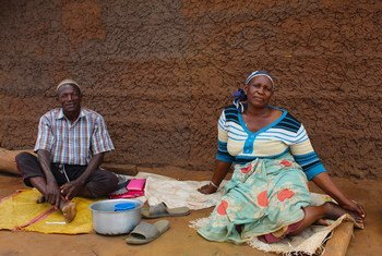 Famílias deslocadas nas províncias do norte de Moçambique vivem em abrigos temporários