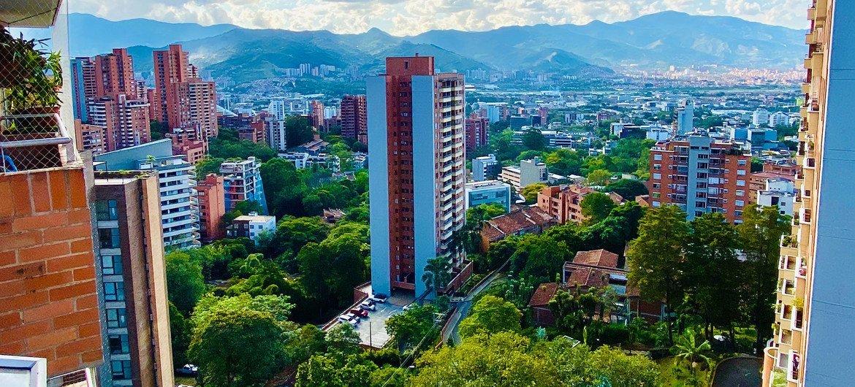 Un réseau interconnecté de verdure à travers la ville de Medellín en Colombie a considérablement amélioré la vie de ses citoyens.