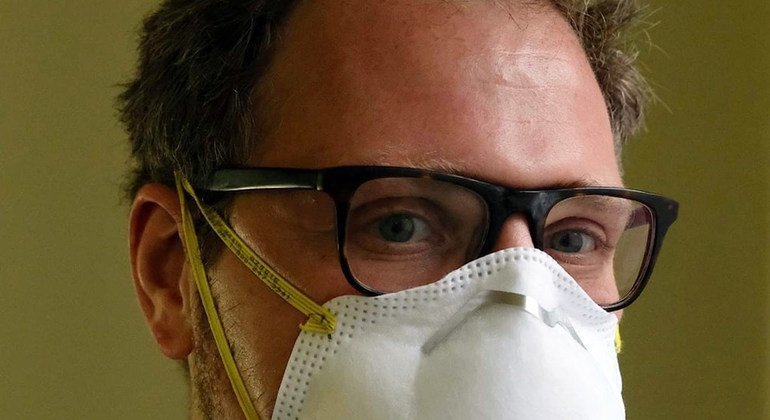 Евгений Пинелис, врач-рениматолог
