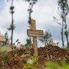 Víctimas del ébola enterradas en el cementerio de Kitatumba en Butembo, República Democrática del Congo