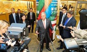 联合国秘书长古特雷斯在日本横滨举行的第七届东京非洲发展国际会议(TICAD)上向媒体发表讲话。 (2019年8月29日)