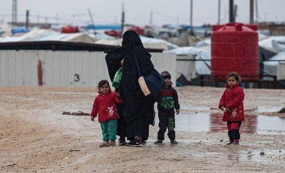 Kambi ya Al- Hol iliyoko Kaskazini Mashariki mwa Syria inawakimbizi zaidi ya 60,000 wengi wao wakiwana ni wanawake na watoto wanaoishi katika hali duni