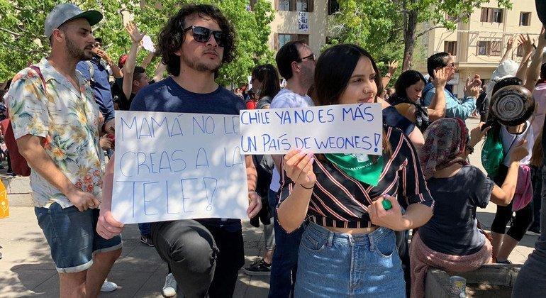 Protestas en las calles de Santiago, Chile.