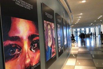 Exposição sobre violência sexual em conflito