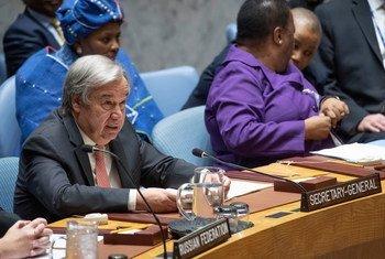 Katibu Mkuu wa Umoja wa Mataifa António Guterres akihutubia mkutano wa Baraza la usalama kuhusu wanawake na amani na usalama