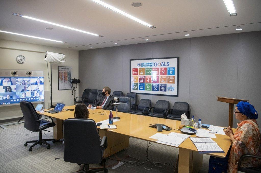 联合国常务副秘书长阿米娜·默罕默德通过视频方式对哥伦比亚进行了线上访问。