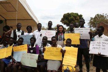Mjumbe wa Vijana wa Katibu Mkuu wa UN alipotembelea Torit nchini Sudan na kukutana na vijana. (Picha ya Maktaba)