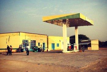 Après une campagne de 20 ans, l'utilisation de l'essence plombée a cessé dans le monde entier, y compris au Tchad. (ici en photo)